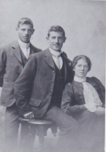 Harold, Joe and Annie THOMAS
