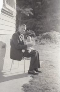 1.1 Bryan Joseph THOMAS with one of his children 1965
